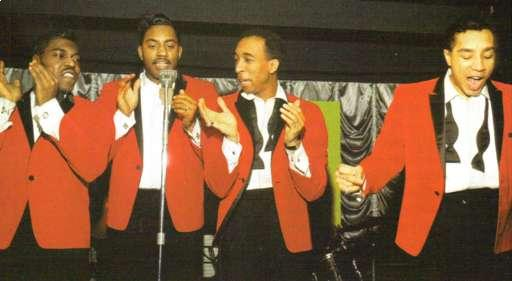 Smokey_robinson_the_miracles_1